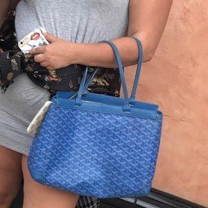 Goyard purse